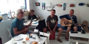 DIE DREI TAUBEN mit Änne im traumhaften EL MENTIDERO CAFE in El Cotillo