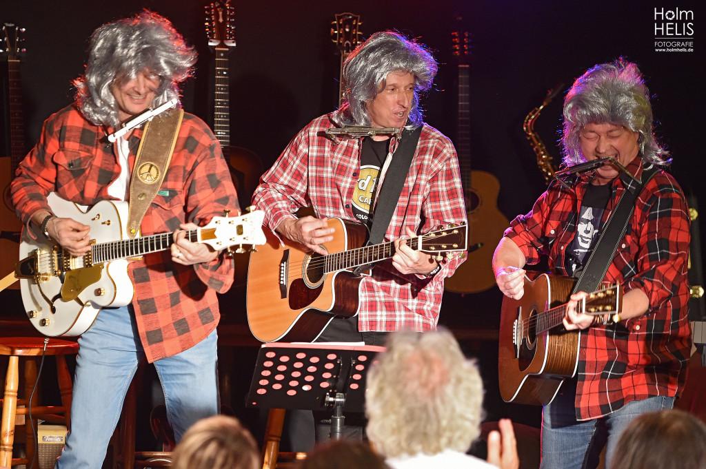 """Haarstreubend!! DIE DREI WAHREN PINGOS: Martin, Micha und Roland mit """"Desire""""."""
